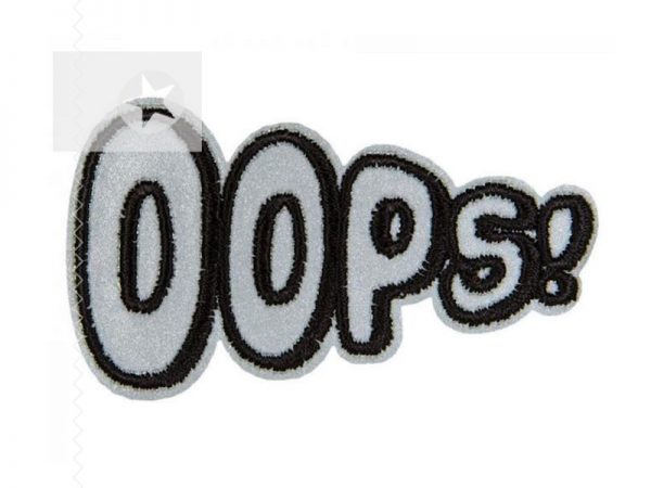Reflektierende Applikation Ooops Schriftzug