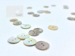 Perlmutt Knopf aus echter Muschel 1,5 cm