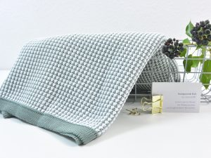 80 cm Honeycomb Knit by clarasstoffe sage