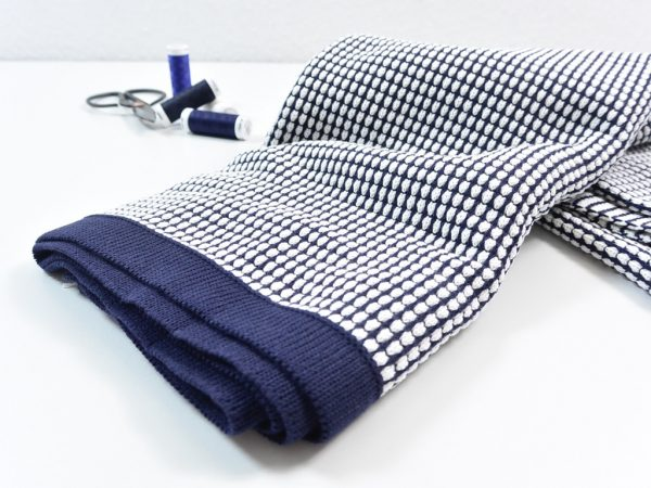 80 cm Honeycomb Knit by clarasstoffe navy