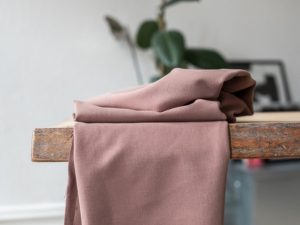 Meet MILK Soft Stretch Twill mit TENCEL™ Fasern old rose