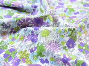 KOKKA Light Poplin Flower Garden lavender