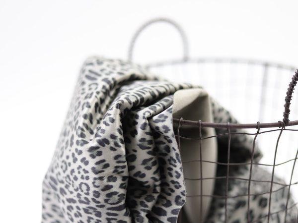 DIY Kit Hose Nessa | Fashion Leo stone