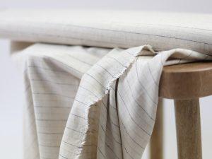 Viskose Leinen Pin Stripes | natur und schwarz