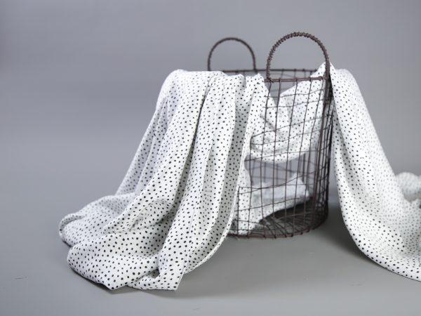 Viskose mit Seide | schwarz auf weiß