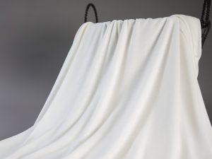 Fashion T-Shirt Jersey aus Produktionsüberhang | buttermilk