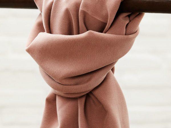Meet MILK Soft Stretch Twill mit TENCEL™ Fasern old rose