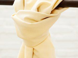Meet MILK Soft Stretch Twill mit TENCEL™ Fasern mellow
