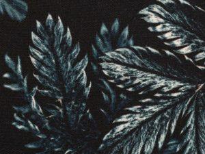 Dark Leaves by Thorsten Berger | Viskose Webware | petrol