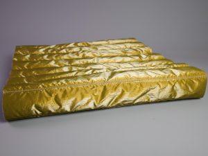Silk Gloss Jackenstepper | golden luxury