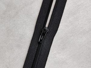 Meet Milk | Basic Coli Zipper 30 cm | black