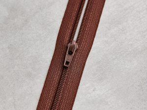 Meet Milk | Basic Coli Zipper 30 cm | pecan